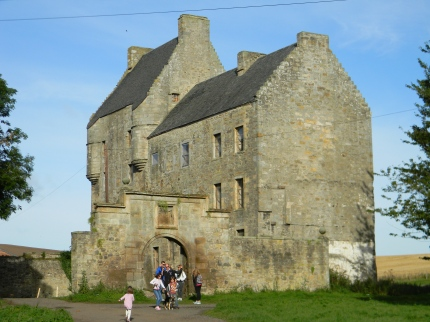 Midhope Castle approach